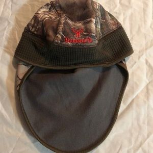 Hunt worth Beanie/Face Mask
